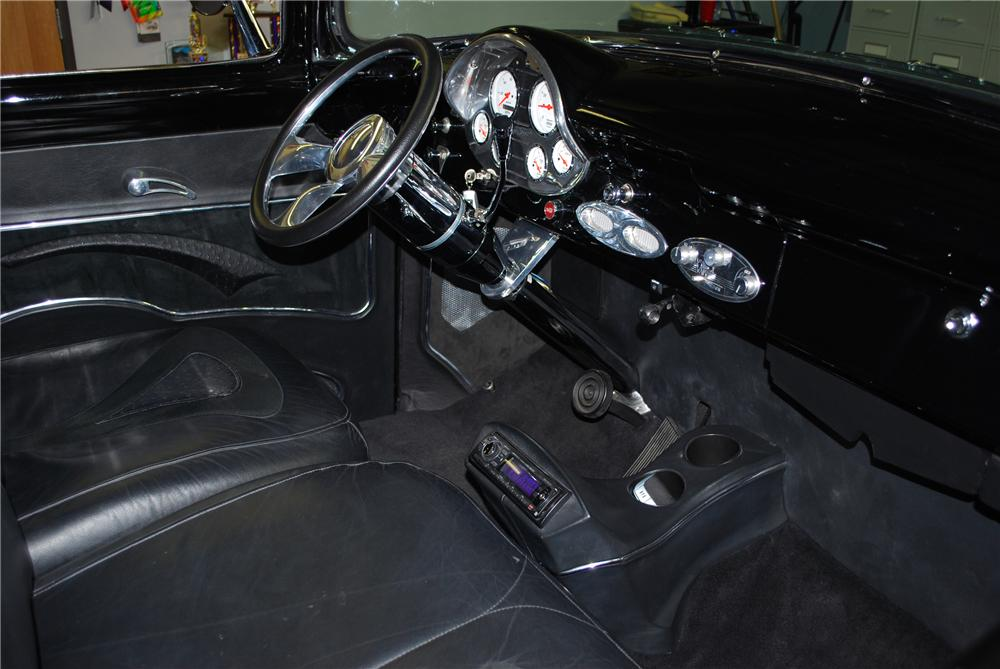 1956 FORD F-100 PICKUP - Interior - 81080