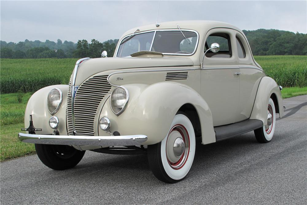 1939 FORD STANDARD 2 DOOR COUPE - Front 3/4 - 81099