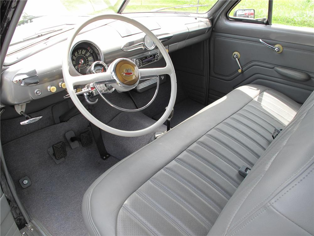 1950 FORD CUSTOM 2 DOOR SEDAN - Interior - 81101