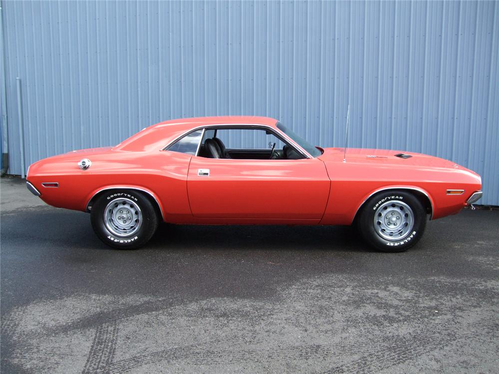 1970 DODGE CHALLENGER 2 DOOR HARDTOP - Side Profile - 81106
