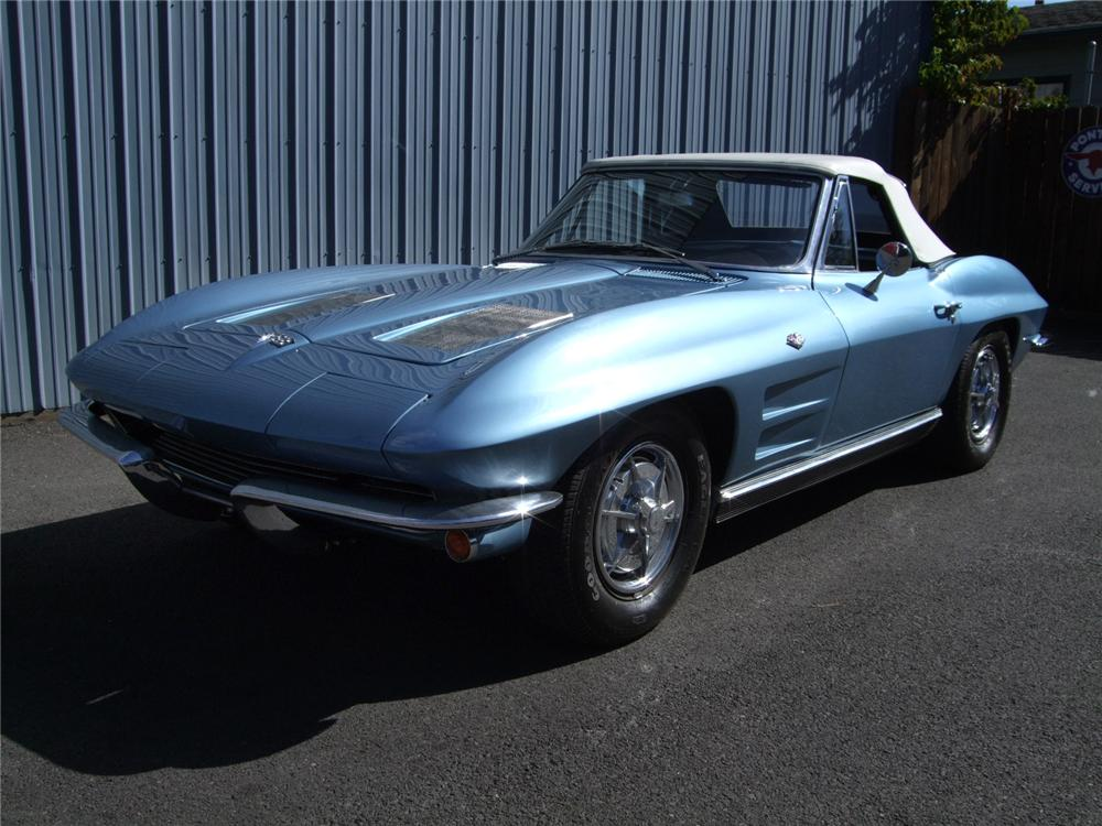 1963 CHEVROLET CORVETTE CONVERTIBLE - Front 3/4 - 81107