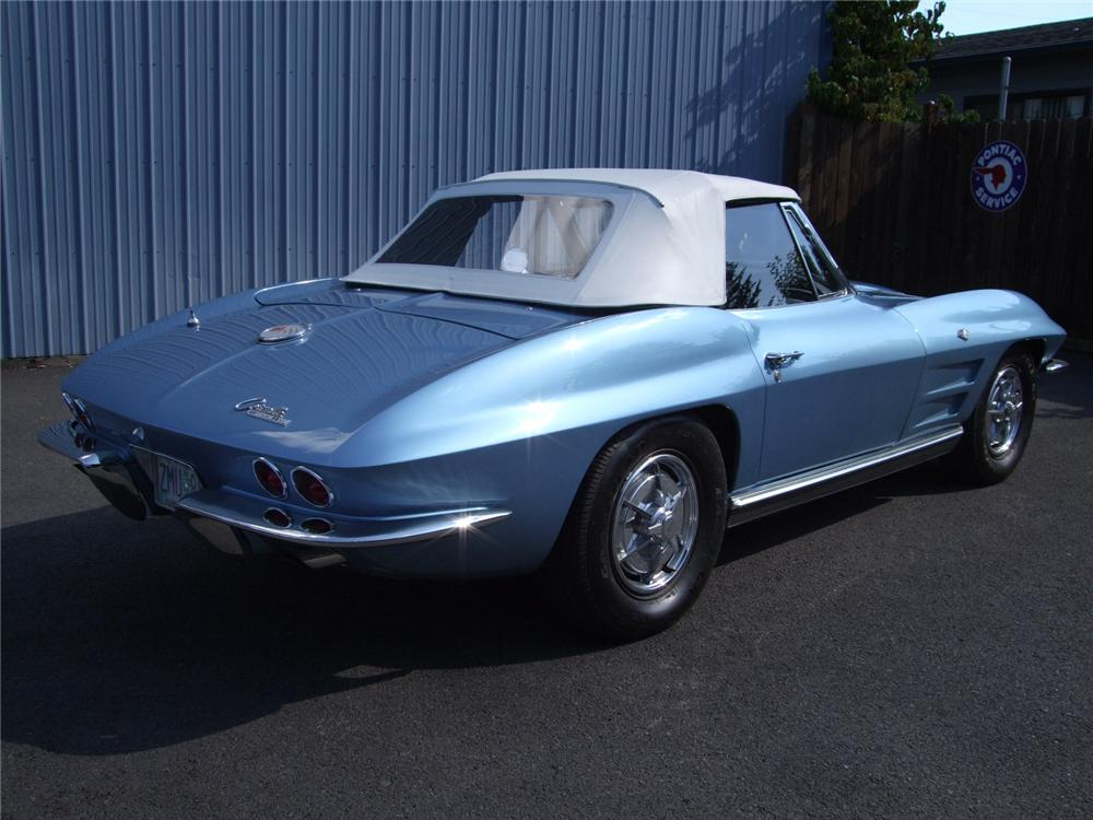 1963 CHEVROLET CORVETTE CONVERTIBLE - Rear 3/4 - 81107