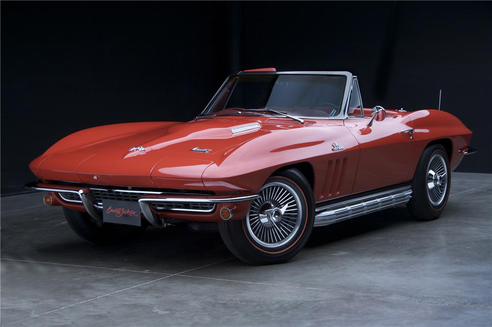 1966 CHEVROLET CORVETTE CONVERTIBLE - Front 3/4 - 81114