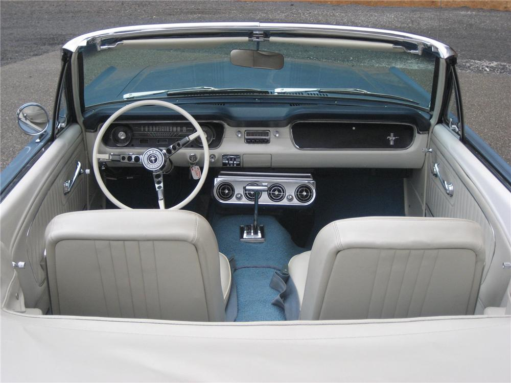 1965 FORD MUSTANG CONVERTIBLE - Interior - 81118