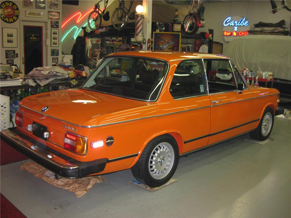 1974 BMW 2002 2 DOOR COUPE - Rear 3/4 - 81133