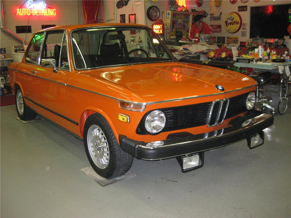 1974 BMW 2002 2 DOOR COUPE - Side Profile - 81133