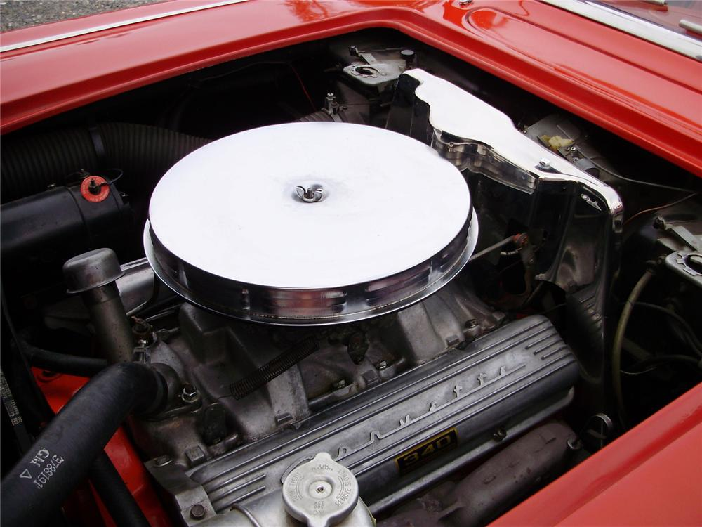 1962 CHEVROLET CORVETTE CONVERTIBLE - Engine - 81142