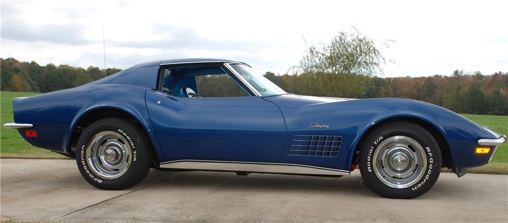 1970 CHEVROLET CORVETTE COUPE - Side Profile - 81164