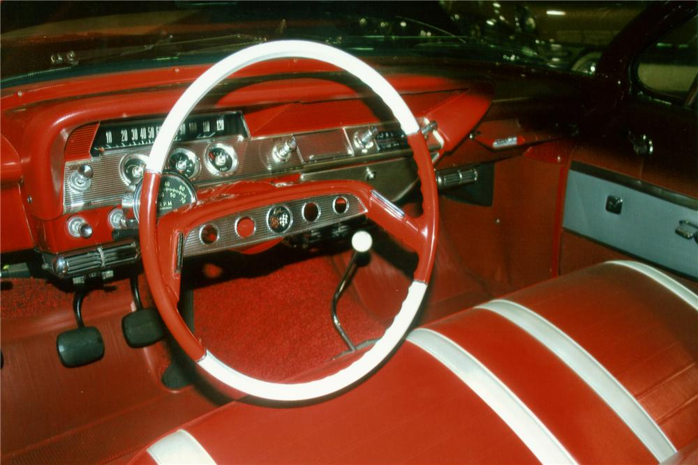 1961 CHEVROLET IMPALA SS 2 DOOR CONVERTIBLE - Interior - 81165
