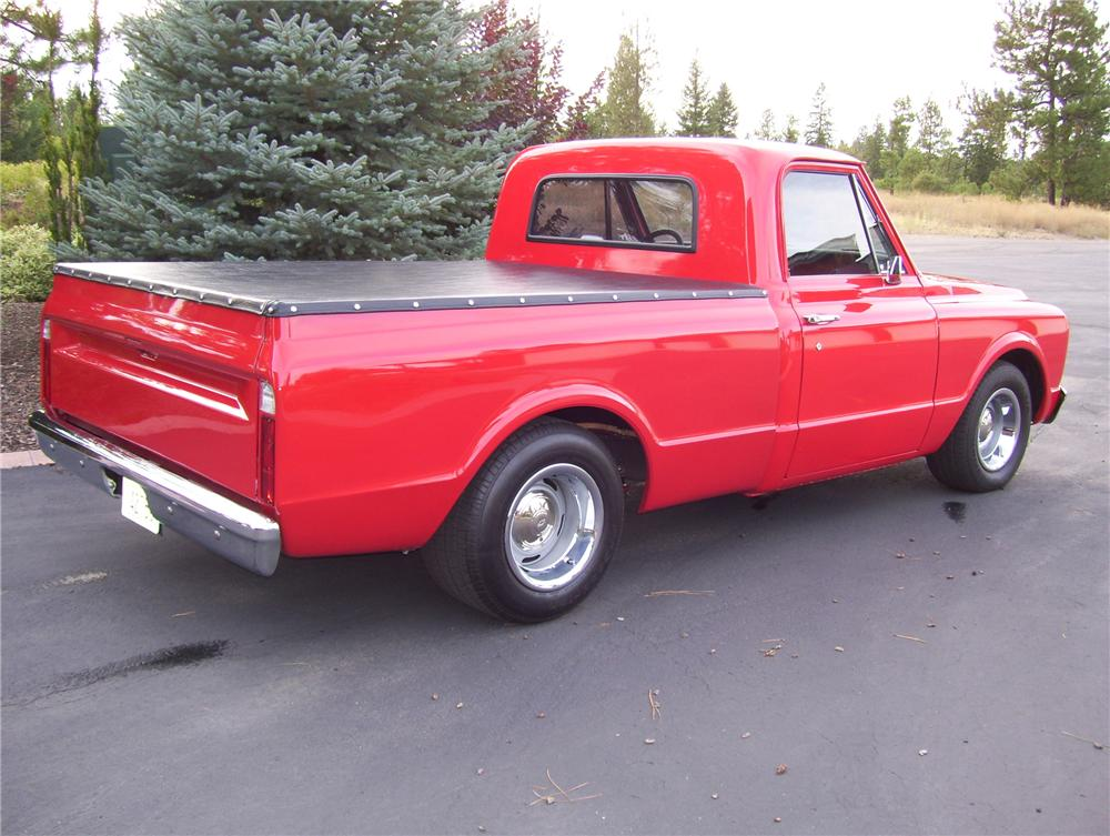 1968 CHEVROLET CUSTOM SWB PICKUP - Rear 3/4 - 81170