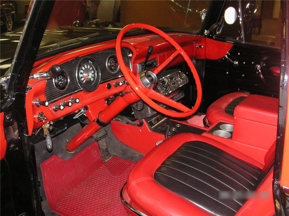 1961 FORD F-100 CUSTOM  SHORT BOX PICKUP - Interior - 81176