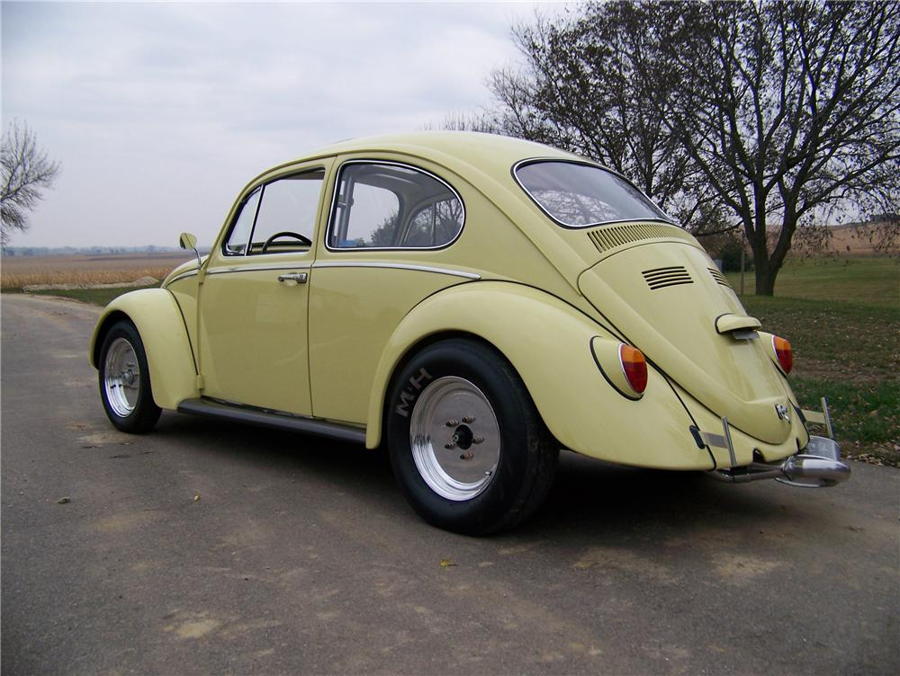 1970 VOLKSWAGEN BEETLE CUSTOM COUPE - Rear 3/4 - 81177