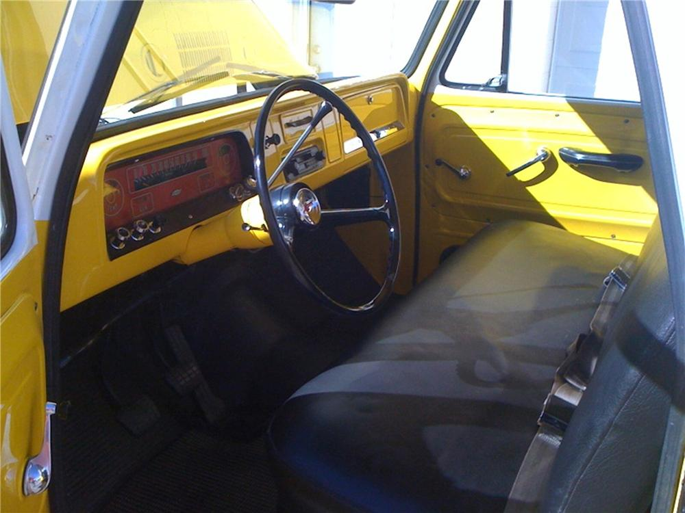 1966 CHEVROLET FLEETSIDE 1/2 TON PICKUP - Interior - 81183