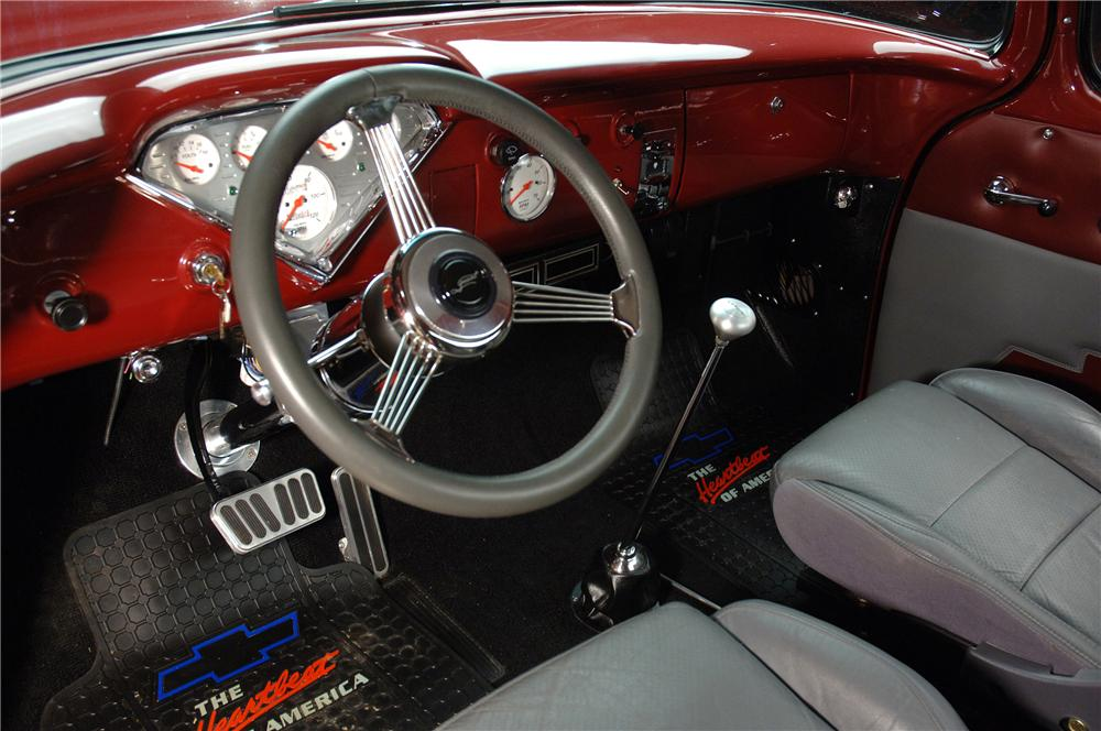 1955 CHEVROLET C-10 CUSTOM PICKUP - Interior - 81188