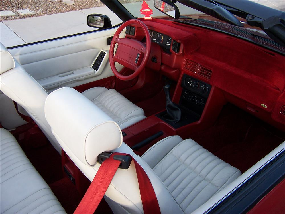 1992 FORD MUSTANG GT CONVERTIBLE - Interior - 81214