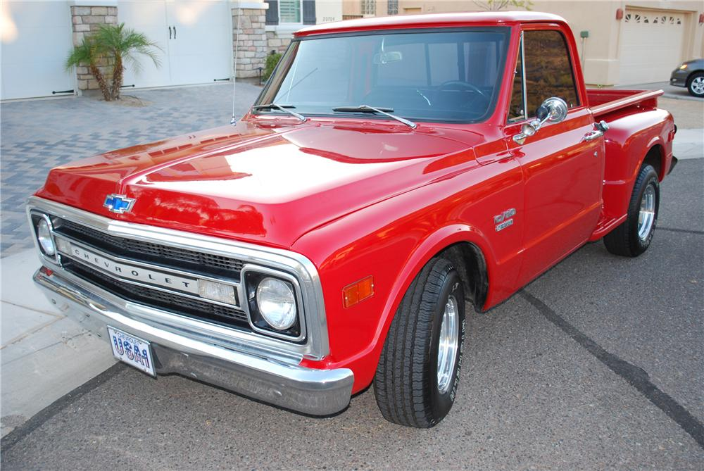 1969 CHEVROLET C-10 PICKUP - Front 3/4 - 81215