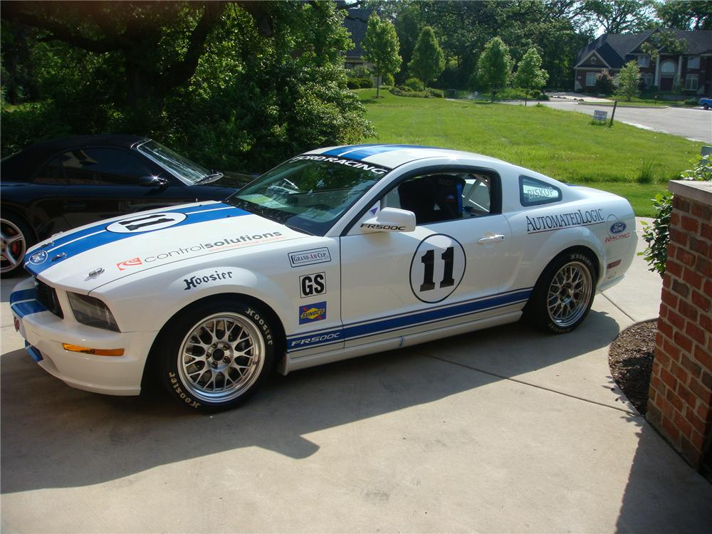 2007 FORD MUSTANG FASTBACK RACE CAR - Side Profile - 81221