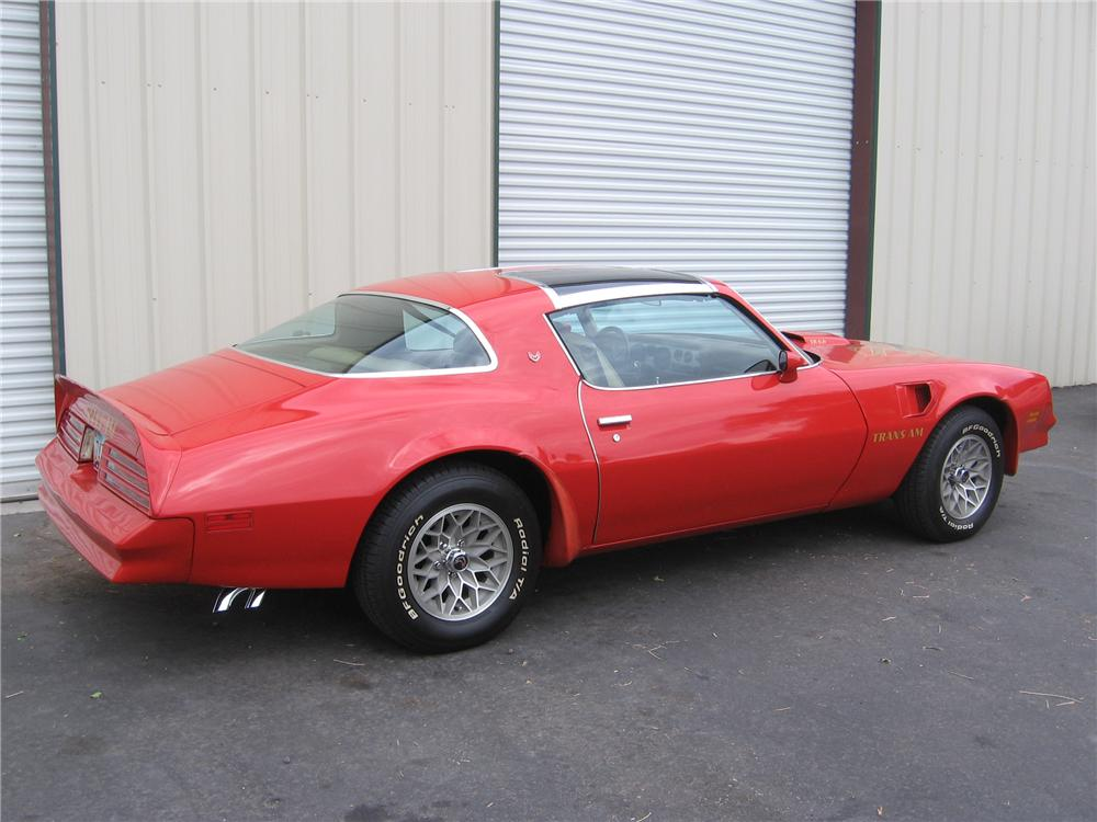 1977 PONTIAC TRANS AM 2 DOOR HARDTOP - Rear 3/4 - 81222