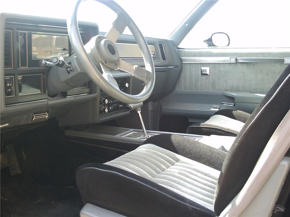 1987 BUICK REGAL GRAND NATIONAL 2 DOOR COUPE - Interior - 81224