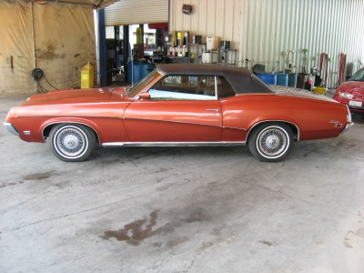 1969 MERCURY COUGAR CONVERTIBLE - Side Profile - 81250