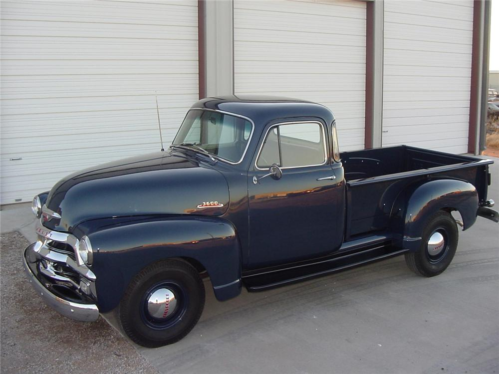 1955 CHEVROLET 3600 PICKUP - Side Profile - 81251