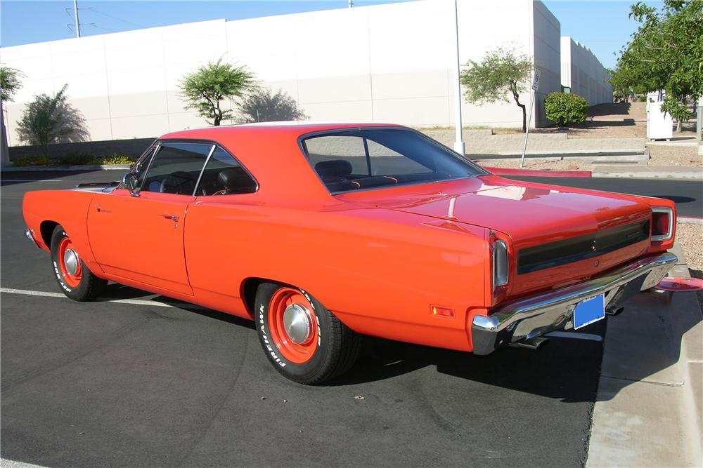 1969 PLYMOUTH ROAD RUNNER 2 DOOR COUPE - Rear 3/4 - 81255