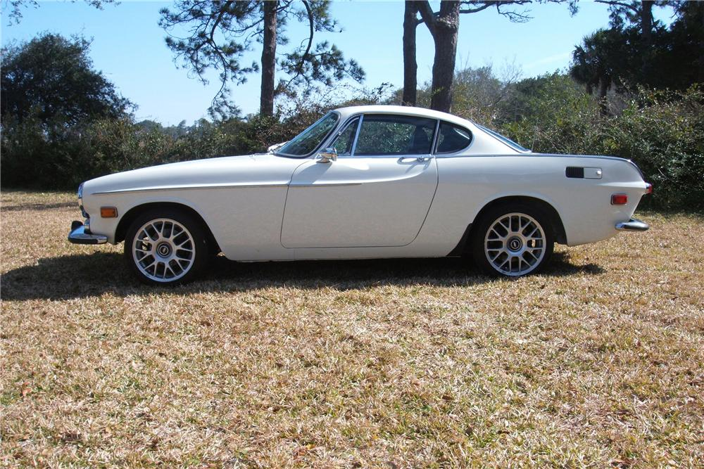 1971 VOLVO P1800 COUPE - Side Profile - 81265