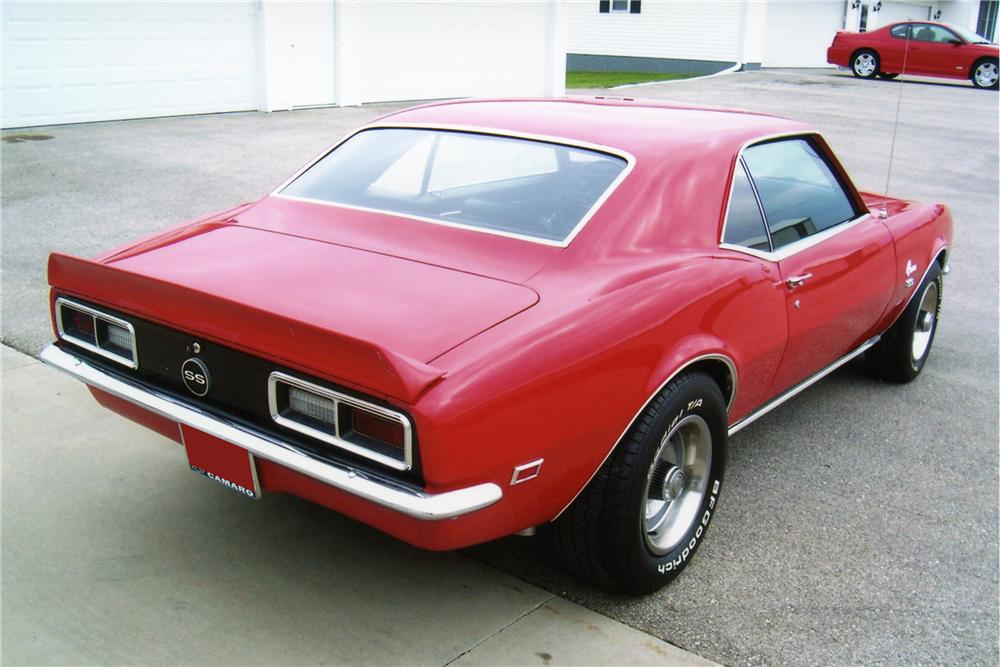 1968 CHEVROLET CAMARO COUPE - Rear 3/4 - 81299