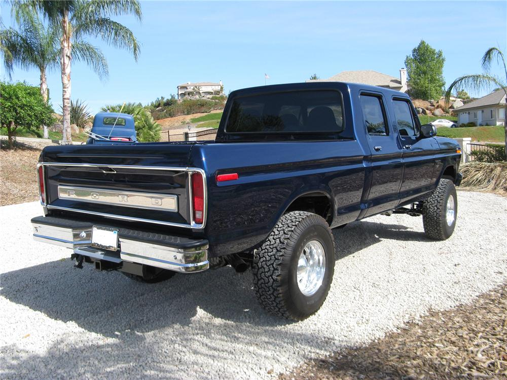 1978 FORD F-250 PICKUP - Rear 3/4 - 81302