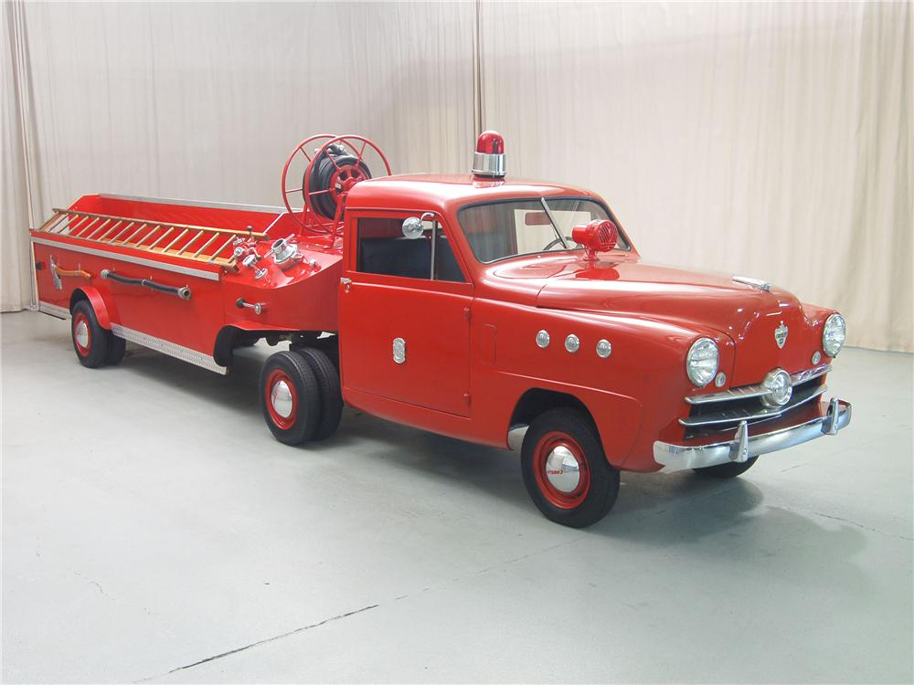 1951 CROSLEY HOOK AND LADDER FIRETRUCK - Side Profile - 81315