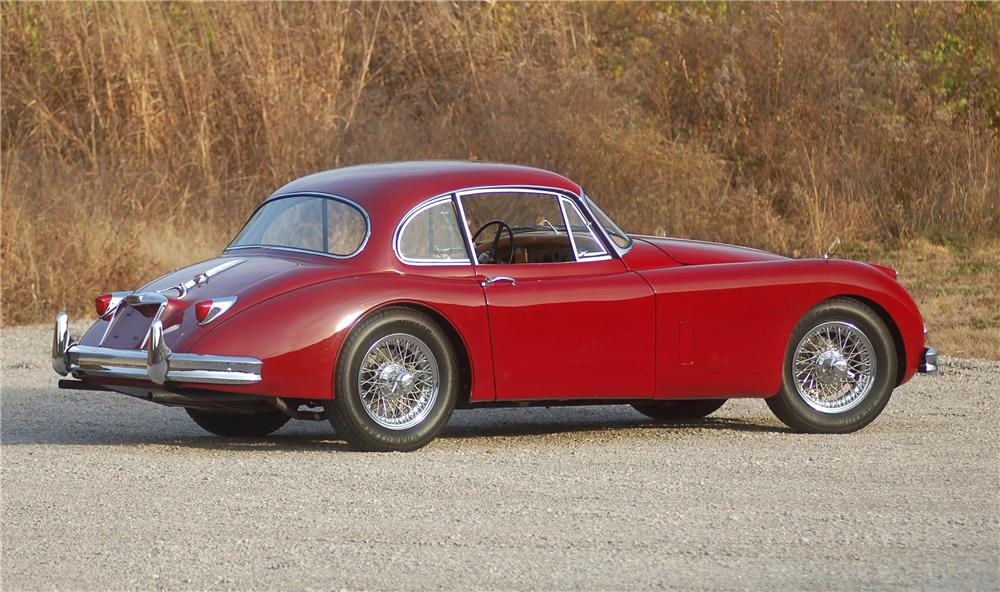1958 JAGUAR XK 150 FIXED HEAD COUPE - Rear 3/4 - 81324