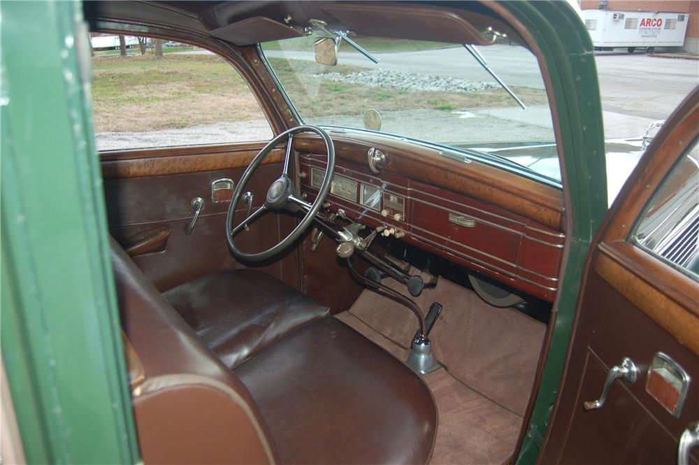 1938 LINCOLN K LIMOUSINE - Interior - 81328