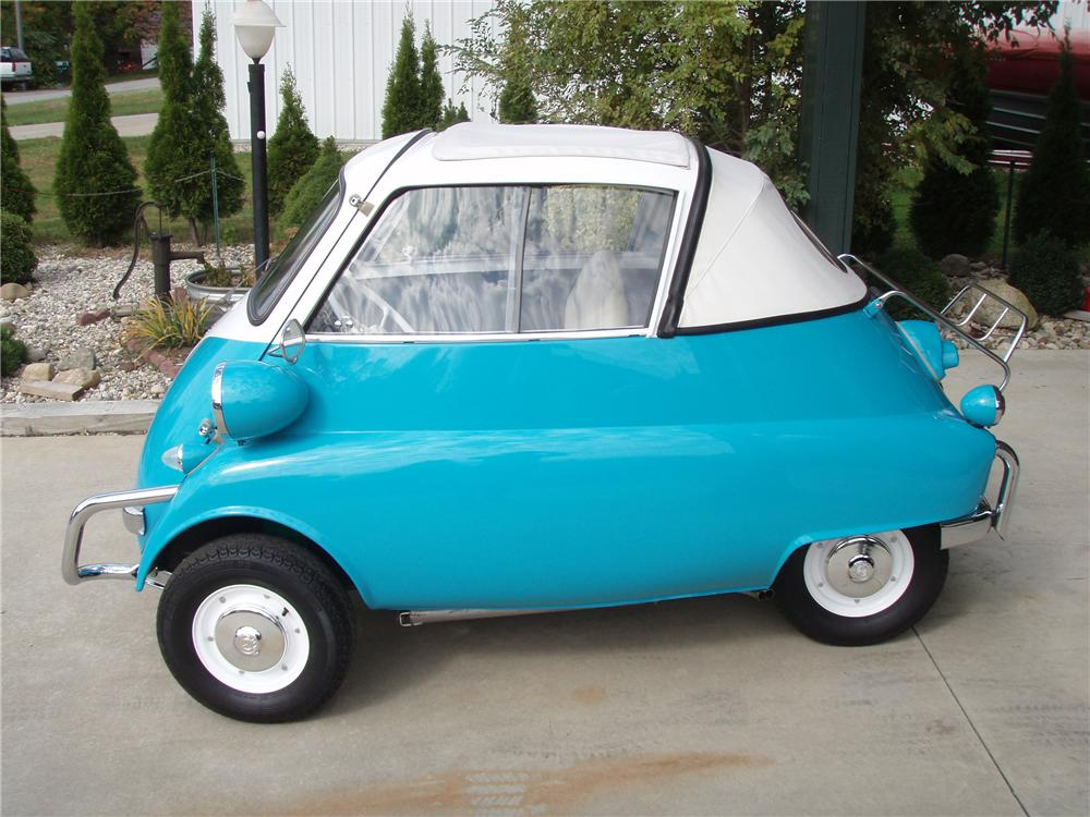 1957 BMW ISETTA 300 CONVERTIBLE - Front 3/4 - 81341
