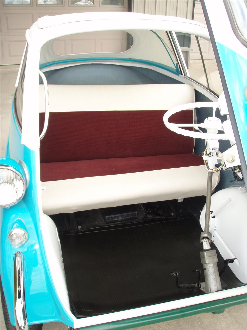 1957 BMW ISETTA 300 CONVERTIBLE - Interior - 81341