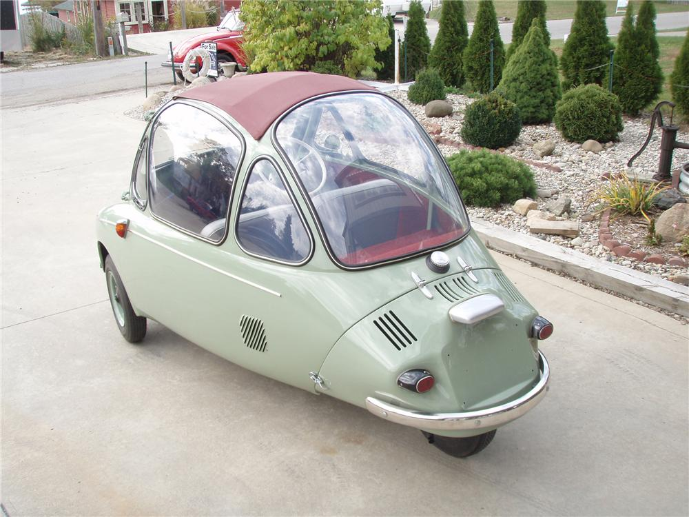1962 HEINKEL TROJAN 200 COUPE - Rear 3/4 - 81342