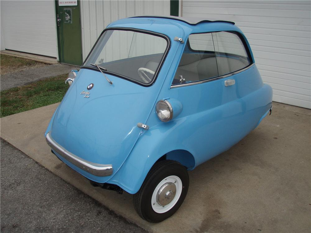 1957 BMW ISETTA 300 COUPE - Front 3/4 - 81343