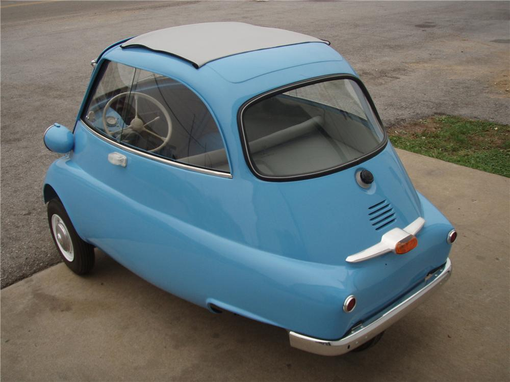 1957 BMW ISETTA 300 COUPE - Rear 3/4 - 81343