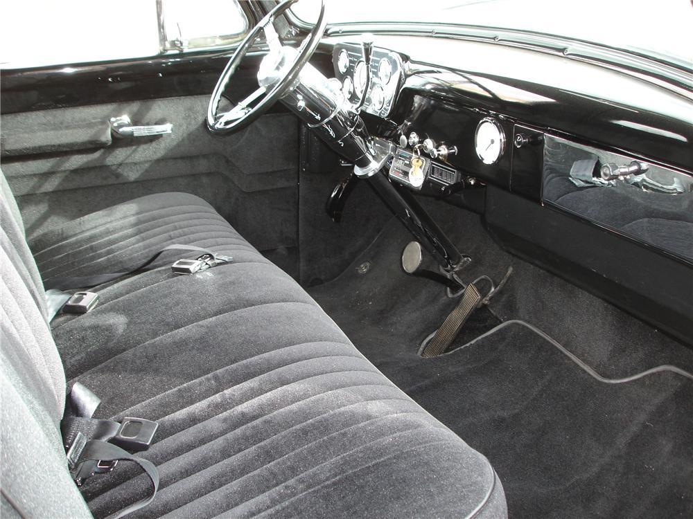 1955 FORD F-100 CUSTOM PICKUP - Interior - 81352