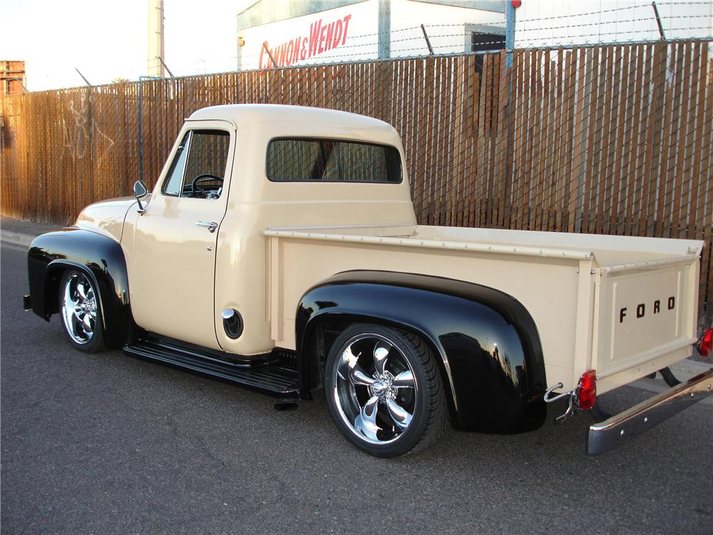 1955 FORD F-100 CUSTOM PICKUP - Rear 3/4 - 81352
