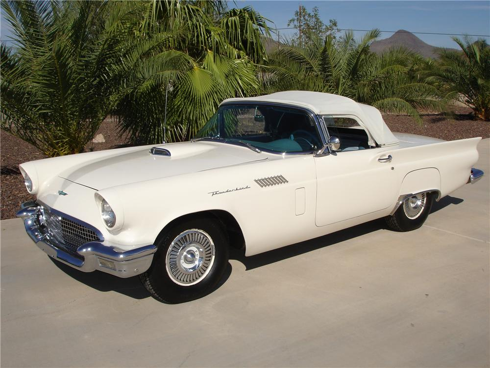 1957 FORD THUNDERBIRD CONVERTIBLE - Front 3/4 - 81353