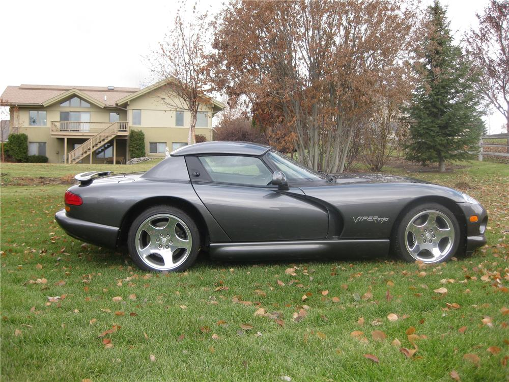 2002 DODGE VIPER RT/10 COUPE - Side Profile - 81355