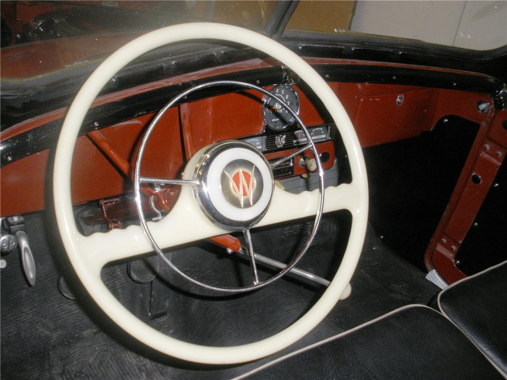 1951 WILLYS JEEPSTER CONVERTIBLE - Interior - 81370