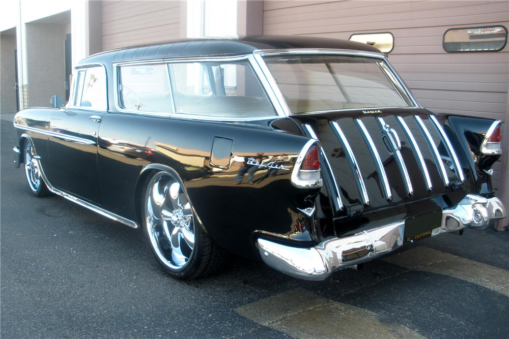 1955 CHEVROLET NOMAD CUSTOM WAGON - Rear 3/4 - 81371