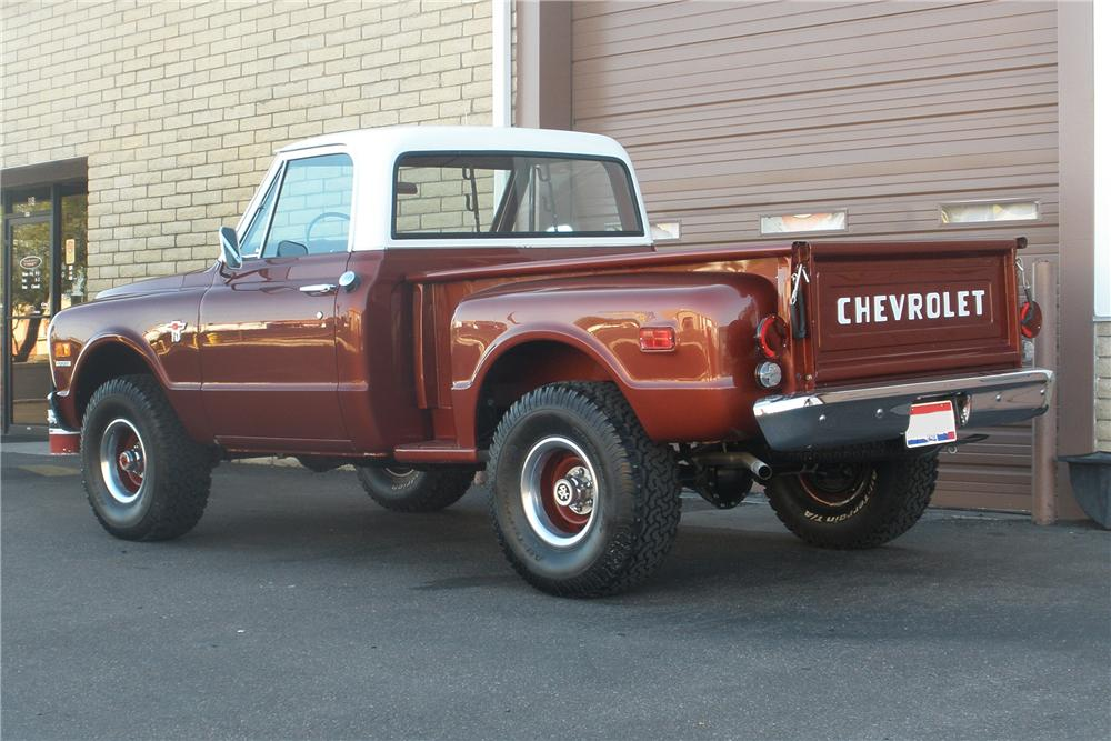 1968 CHEVROLET C-10 SHORTBOX PICKUP - Rear 3/4 - 81372