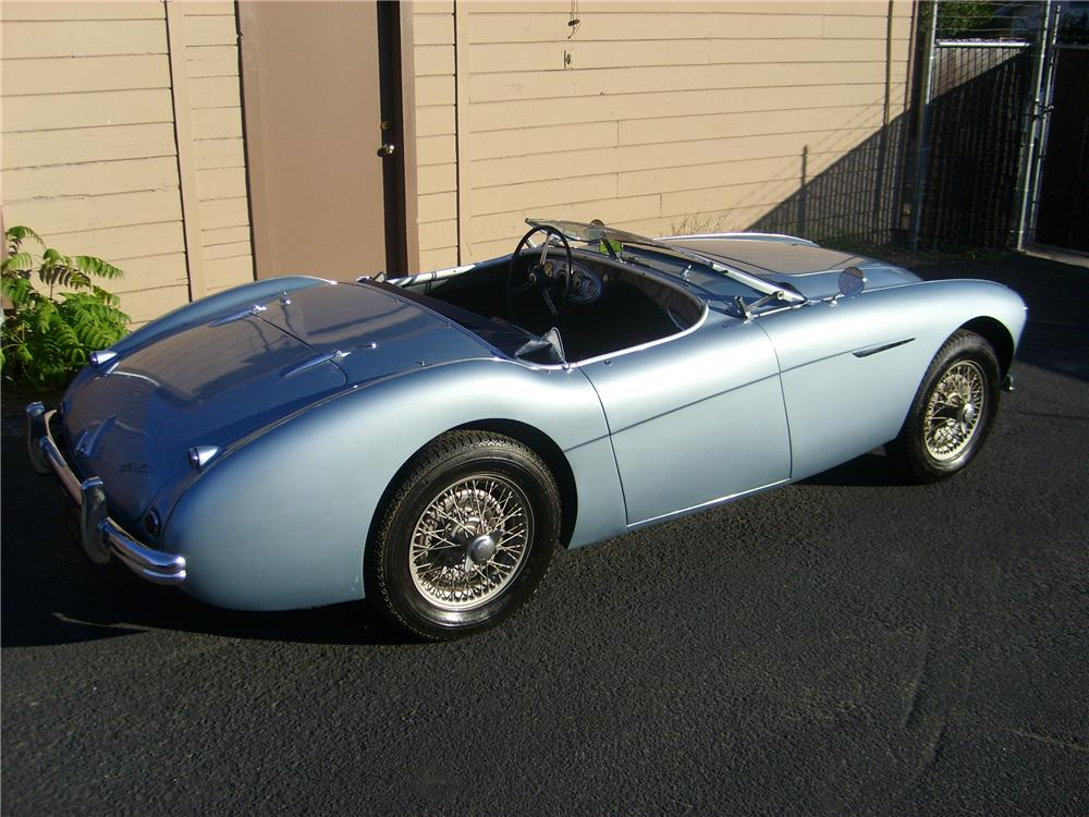 1956 AUSTIN-HEALEY 100 BN2 ROADSTER - Rear 3/4 - 81374