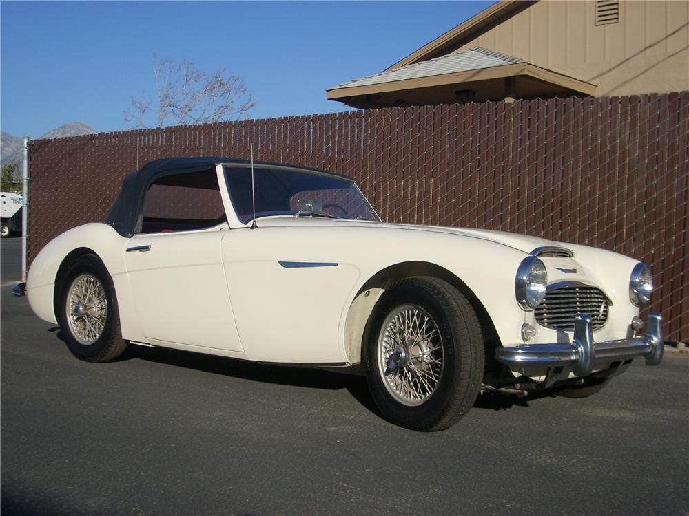 1960 AUSTIN-HEALEY 3000 MARK I BT7 2+2 ROADSTER - Front 3/4 - 81375