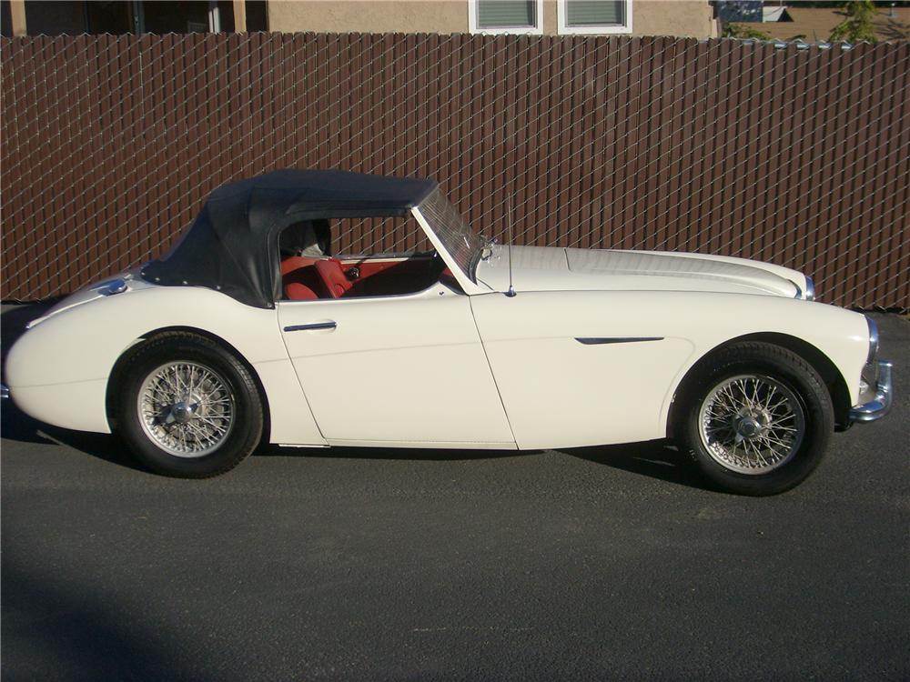 1960 AUSTIN-HEALEY 3000 MARK I BT7 2+2 ROADSTER - Side Profile - 81375