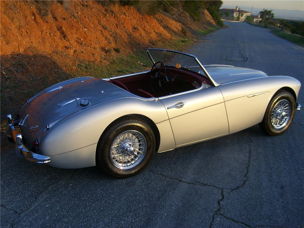 1960 AUSTIN-HEALEY 3000 MARK I BN7 ROADSTER - Rear 3/4 - 81376