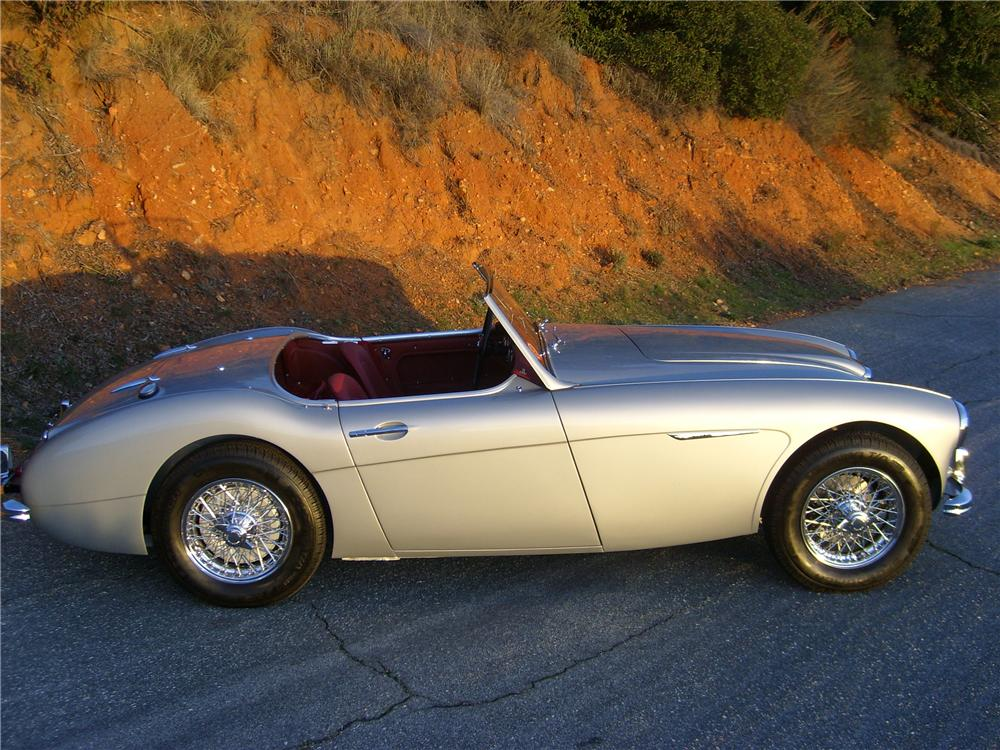 1960 AUSTIN-HEALEY 3000 MARK I BN7 ROADSTER - Side Profile - 81376