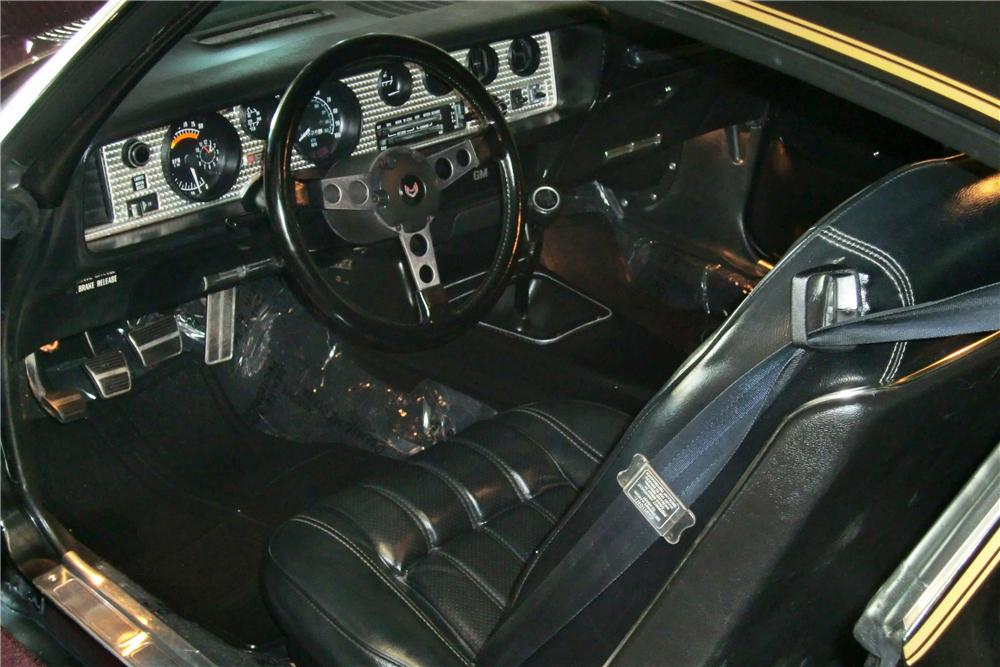1976 PONTIAC FIREBIRD TRANS AM COUPE - Interior - 81385